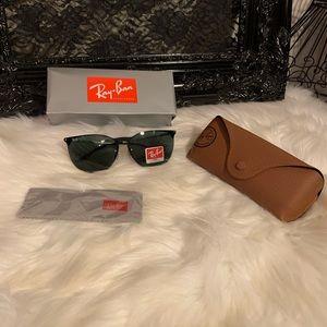Rayban sunglasses 🕶
